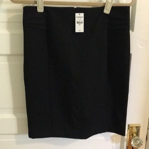 NWT Express 8 black pleat detailed pencil skirt